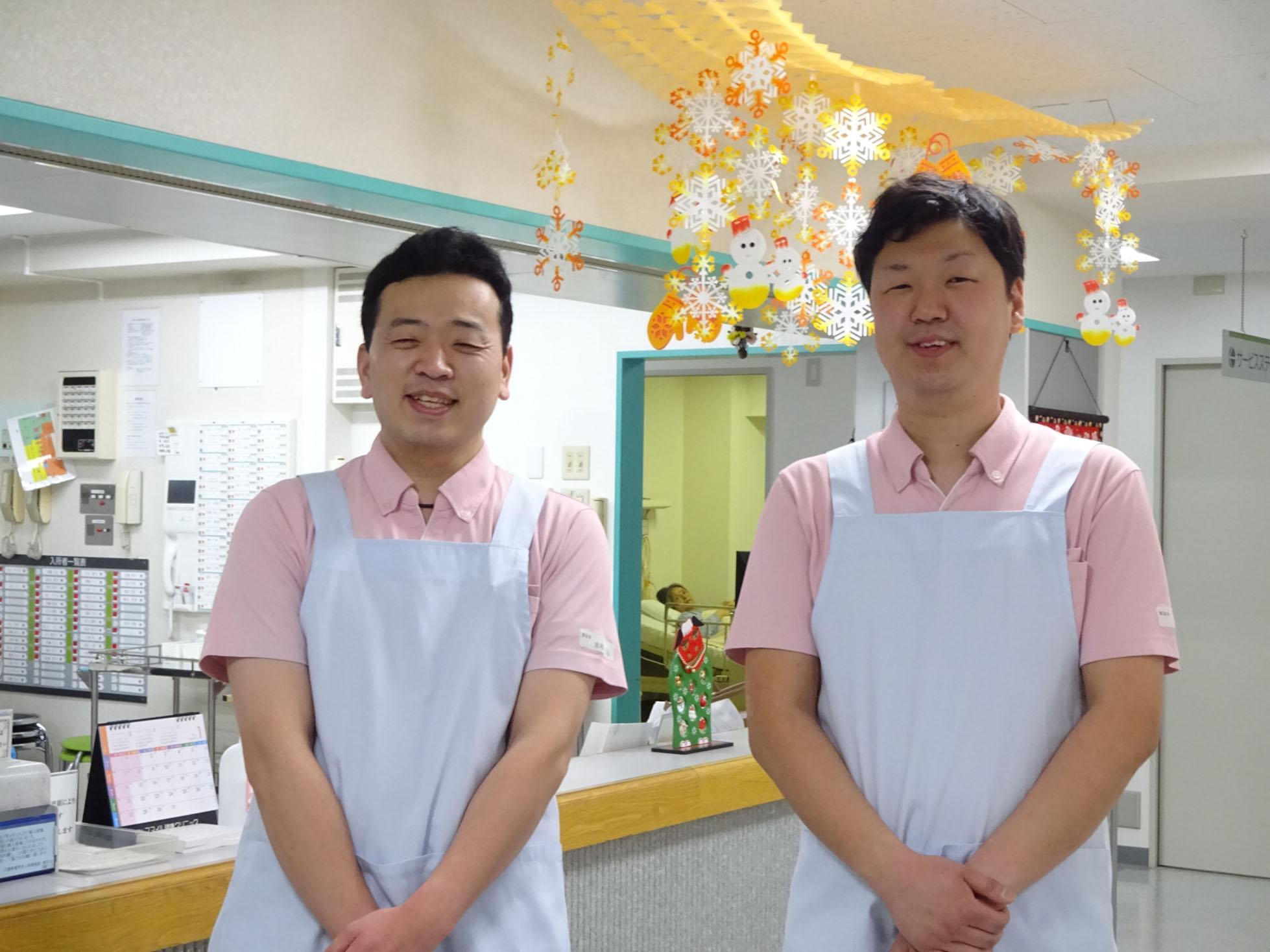 介護療養型老人保健施設におけるケア業務 要介護度4~5の入所者127名の介護(入浴、食事、排泄、更衣など)